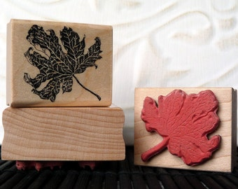 Small Autumn Leaf rubber stamp from oldislandstamps