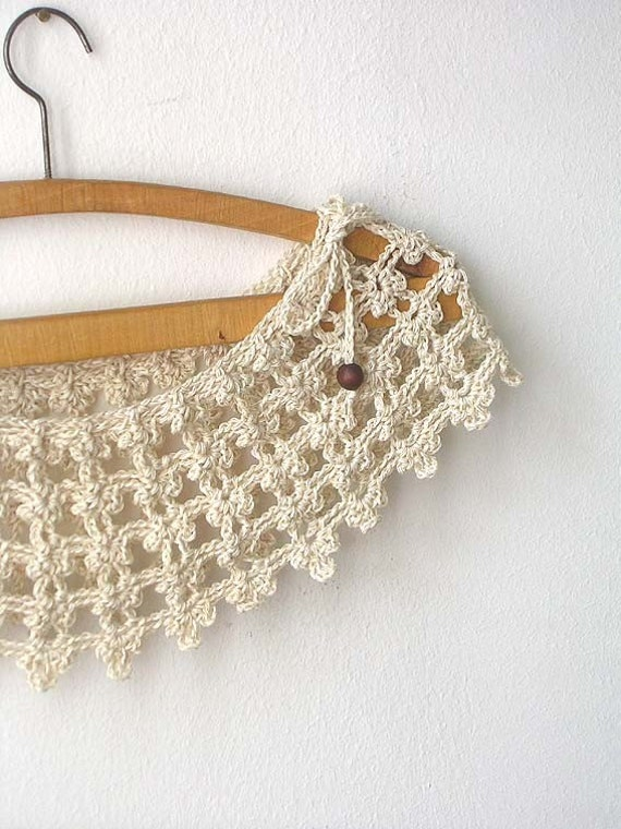 Champagne Lace Collar