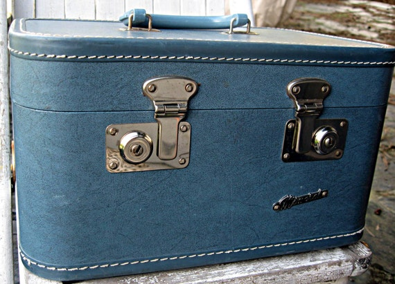 Reserved for Javier......Vintage train case/suitcase, Monarch, dark blue, wonderful condition
