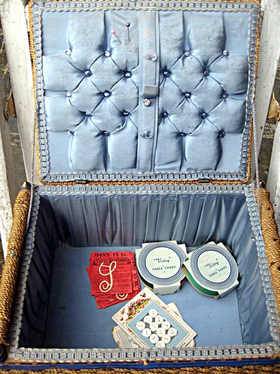 Vintage sewing basket, made in Belgium, beautifully made woven basket