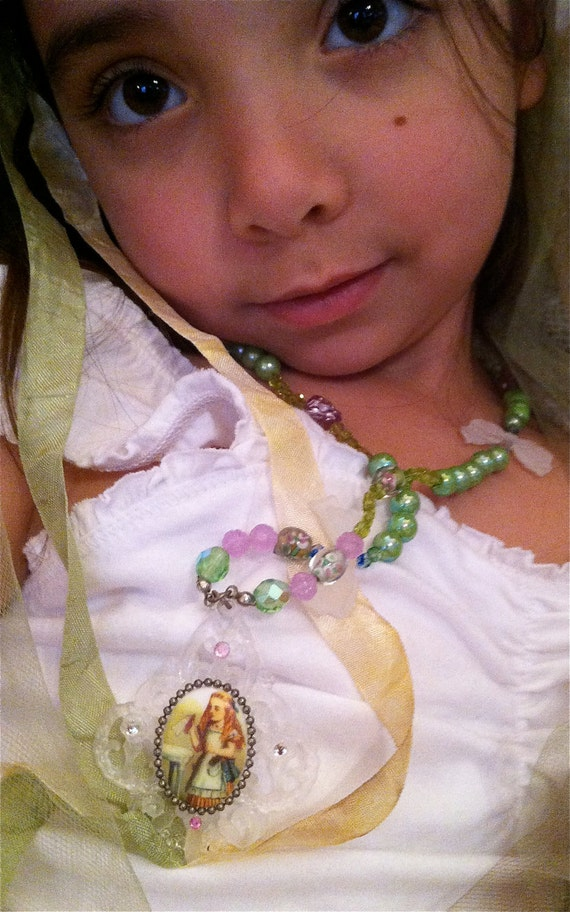 Alice in Wonderland Gothic Lolita Drink Me Fantasy Necklace Bows and Cherubs Too