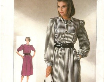 Circa 1985 Simplicity 7276 Misses Dress Adjustable for Misses Petite