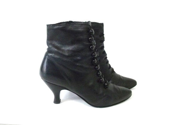 Vintage Black Leather Victorian Ankle Boots 7.5