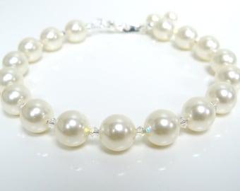 Swarovski crystal and white swarovski crystal pearl bracelet adjustable length clasp
