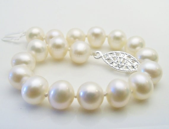 White freshwater pearl bracelet AA grade 8mm knotted on white silk with 925 sterling silver filigree clasp