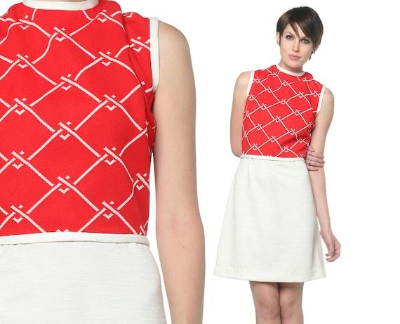 1970s Mini Dress Red White Mod 70s Geometric Chain Link Print 60s Retro High Waisted Bleeker Street Sleeveless Vintage Dress Medium M