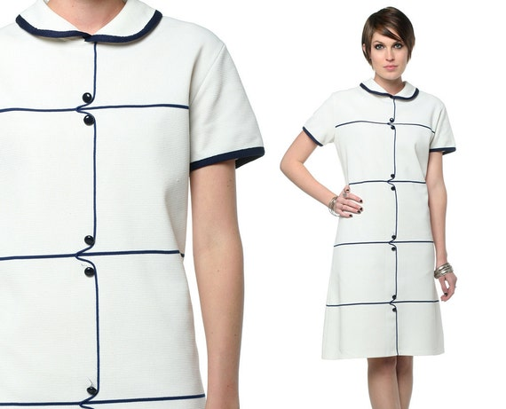 Striped Mod Dress 60s Collar White Navy Buttons 1960s Shift Sixties Mini Short Sleeve Extra Large Polyester Scooter Vintage Dress L XL