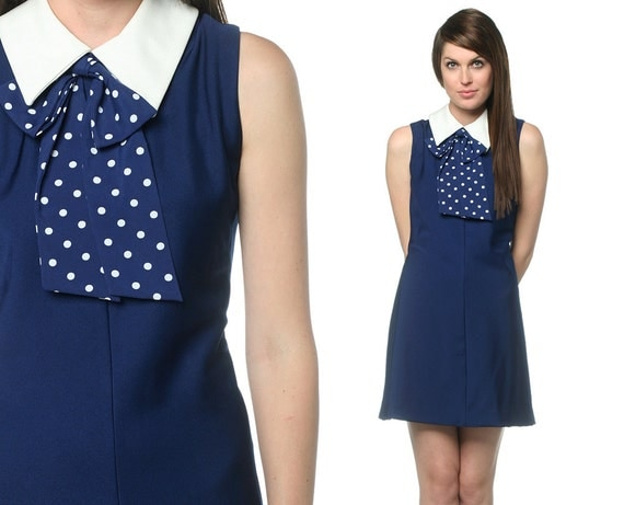 60s Bow Dress Navy Blue Polka Dot Mod Collar Ascot Mini Shift 1960s Stewardess Sleeveless Pussy Bow Twiggy Vintage Collared Medium Large M L