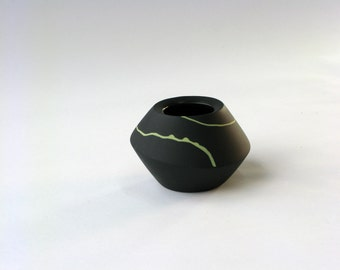 Black with Yellow Small Spinner