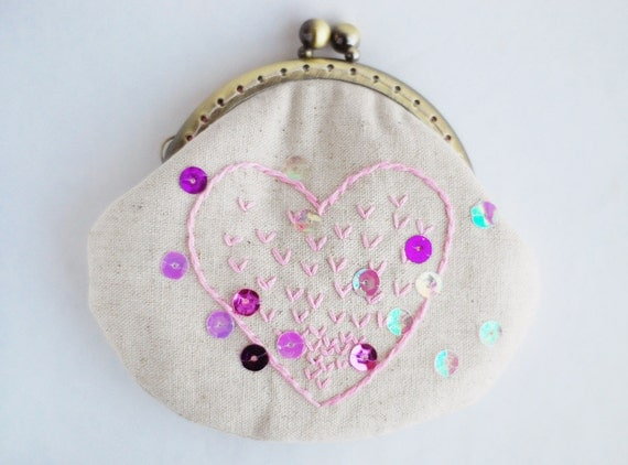 Pink Heart Embroidery Purse (Metal Frame)