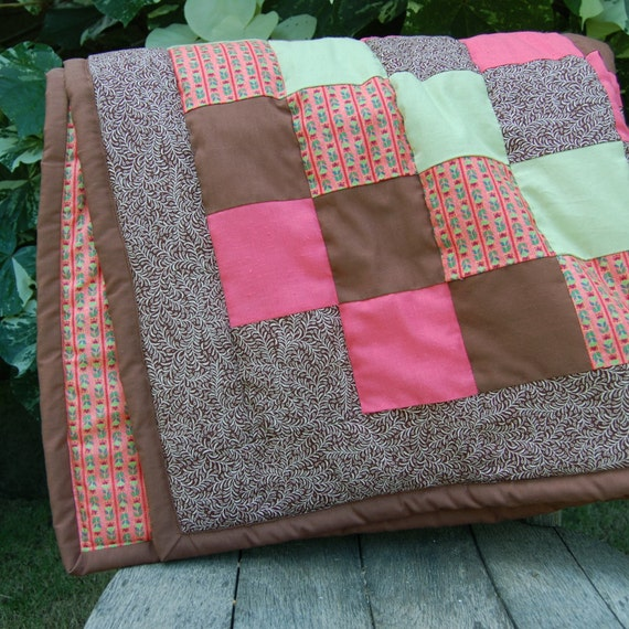 SUPER SALE- Baby or Toddler Quilt with Matching Diaper Bag
