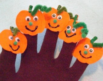 Finger Play Puppet Glove 5 LITTLE PUMPKINS Finger Play Puppet Glove, Great Teaching Tool for Story Time with Toddlers