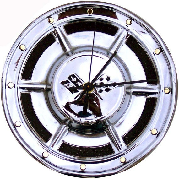 Corvette Hubcap Clock, '50 and '60s  w/ dots for numbers (Chevy Retro Wall Clock)