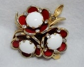 Adorable Vintage Red and White Flower Brooch