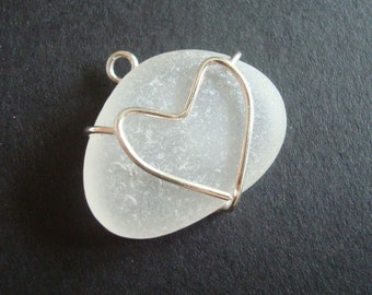 Love Sea Glass - pendant with sterling silver heart prong bezel