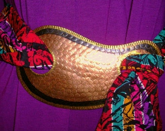 Large and bold  belt buckle hammered brass in a paisley shape 1980 ethnic
