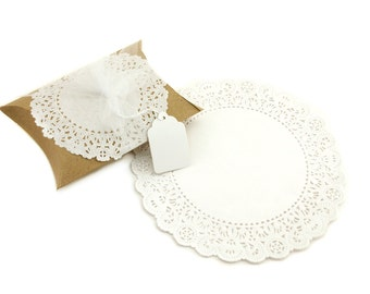 "8"" White Round Paper Doilies (100)"