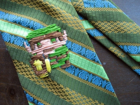 Crazy Polyester Tie with 8-bit Link