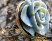 Gray Rose Adjustable Cabochon Ring