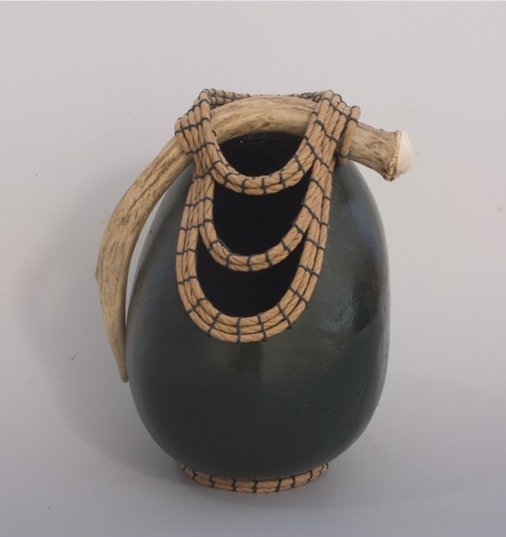 Dark Green Green Gourd with Antler and Coiling