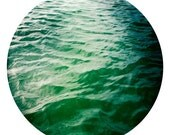 sailing ripple in the green blue waves of the san francisco bay round 8x8 fine art print