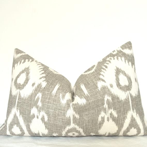 Pillow Cover - Decorative Pillow - Throw Pillow - Lumbar Pillow - Ikat - Linen - 16x24 in - Gray