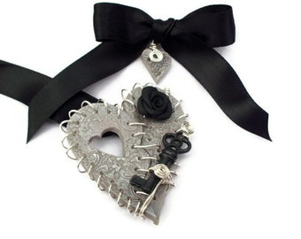 Necklace Broken Heart Remembrance Casket Token Bereavement Silver