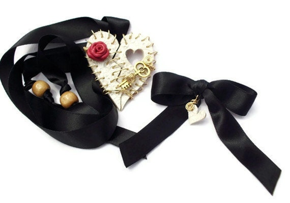Necklace Broken Heart Remembrance Casket Token Bereavement Pearl