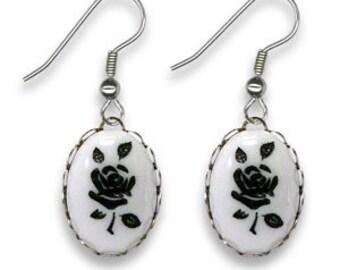 Vintage Flower Earrings DEADSTOCK