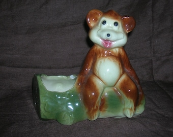 Adorable, 1950s, Ceramic Bear Planter, 5 1/2 in Across and 6 in Tall