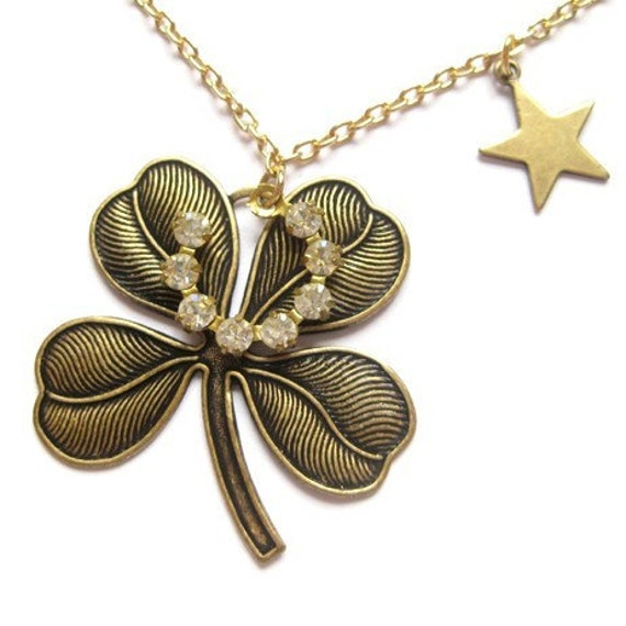 Lucky star good luck charm necklace / LAST ONE