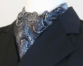 Cravat of Dignity in Silver Damask