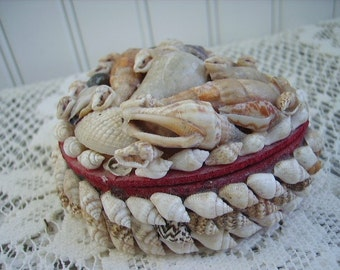 Vintage Trinket Box Shell Heart