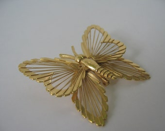 Vintage Butterfly Brooch Pin Monet Goldtone