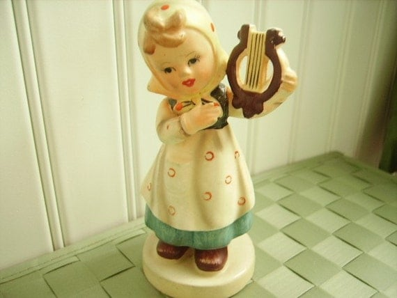 Vintage Figurine Girl With Lyre Hummel Like By Accentonvintage