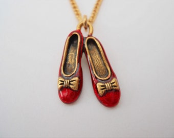 Wizard Of OZ Ruby Slippers Charm Necklace Gold Shoes