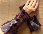 Lace and Velvet Fingerless Gloves Arm Warmers Purple Lavender Stretch Fall Womens Fashion