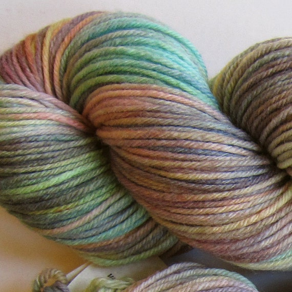March Hare hand dyed worsted weight yarn, 4ply superwash merino, 100g 220yds - Morning Fog 4