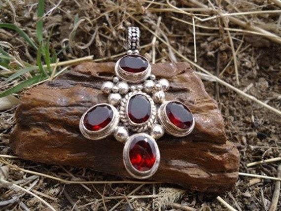 Ornate Garnet Pendant / 202