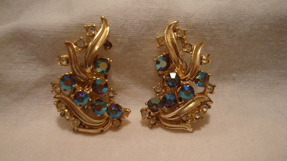 1950 Vintage Iridescent  Cresent Shaped Rhinestone Clip  on Earrings