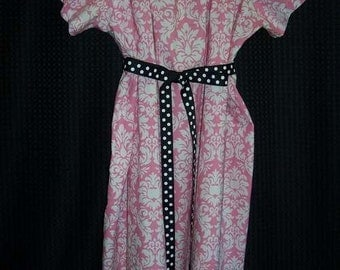 Boutique Maternity Gown pink damask micheal miller sooo pretty look