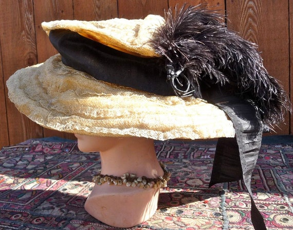 RARE Antique 1912-1915 Edwardian Extravagantly Large Gainsbourough Picture Hat Blonde Horsehair with Black Velvet Underbrim & Trimmings