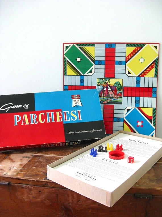 Vintage game board complete children adult family  -  Parcheesi House home
