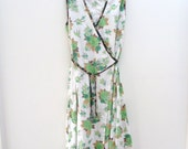 womens wrap dress in coffee and green flowers size 10