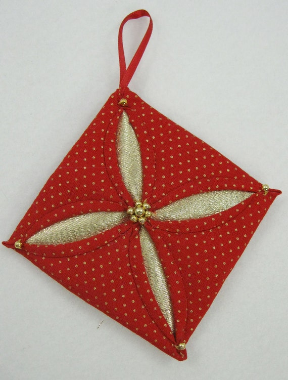 Quilted Christmas Ornament - Red and Gold Cathedral Window 541