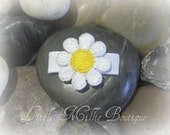 Infant Toddler Hair Clip with Embroidered Daisy Applique