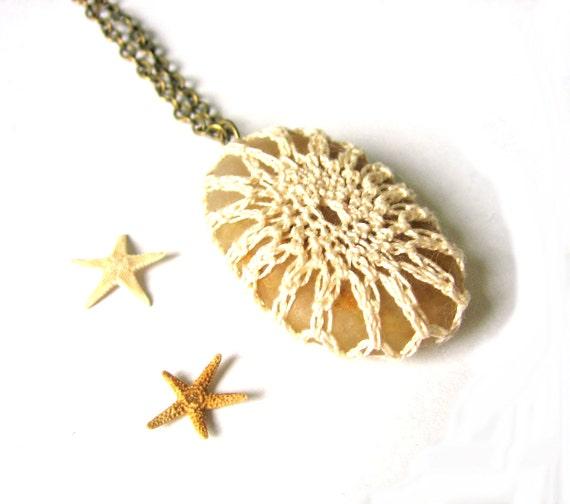 Luxe Bridal Crochet Fishnet Beach Stone Pebble Pendant in Creamy White