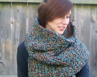 Super Chunky Split Cowl Crocheted Neckwrap in Earthy Colors