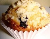 Bursting Blueberry Crumb-Top Muffin