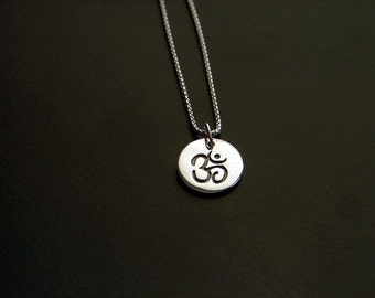 mensom silver disk necklace with 18 inch rhodium chain